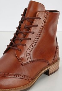 ECCO - SARTORELLE TAILORED - Lace-up ankle boots - honey - 5