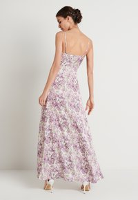 NA-KD - V-NECK FLOWY DRESS - Maxi-jurk - purple - 2