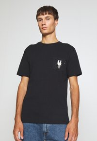 HUF - CENTRAL PARK POCKET TEE - T-shirt print - black - 2