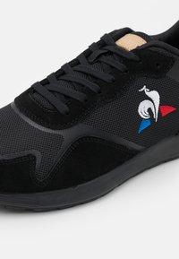 le coq sportif - OMEGA  - Trainers - triple black - 5