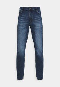 Mustang - TRAMPER TAPERED - Slim fit jeans - denim blue - 3