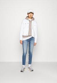 Calvin Klein Jeans - MONOGRAM LOGO - Hoodie - beige - 1