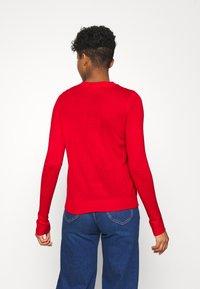 Vero Moda - VMBIGNOSE O-NECK BLOUSE - Jumper - chinese red/snow white/black - 2