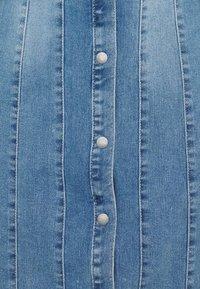 Vero Moda - VMAVIIS STITCH DRESS - Vestito di jeans - medium blue denim - 2