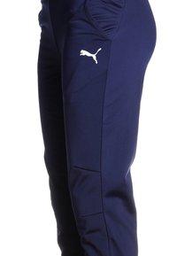 Puma - LIGA TRAINING PANTS CORE  - Teplákové kalhoty - peacoat/white - 2