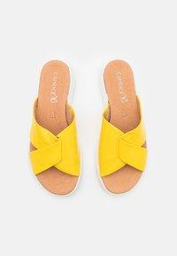 Caprice - SLIDES - Mules - yellow - 5