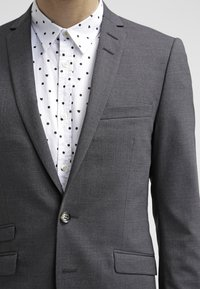 Tiger of Sweden - NEDVIN - Suit jacket - dark gray - 4