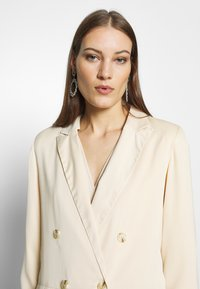 UNIQUE 21 - RELAXED - Blazer - champagne - 3