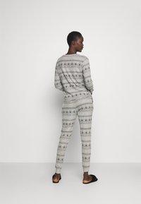 Anna Field - SET - Pyjama set - grey/black - 2