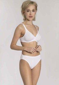 Triumph - EILEEN N - T-shirt bra - white - 1