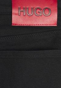 HUGO - Džíny Slim Fit - black - 2