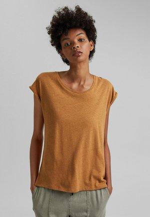 Basic T-shirt - caramel