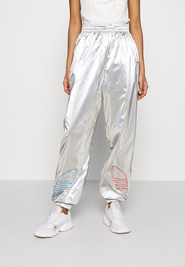 JAPONA - Teplákové kalhoty - silver