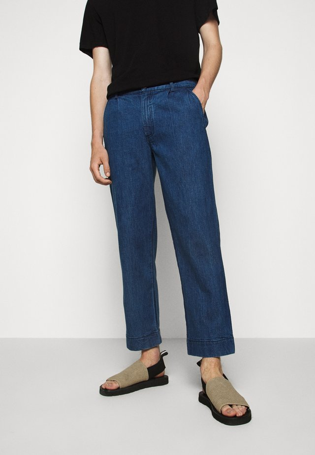 PLINTH PANT - Jeans relaxed fit - slub denim