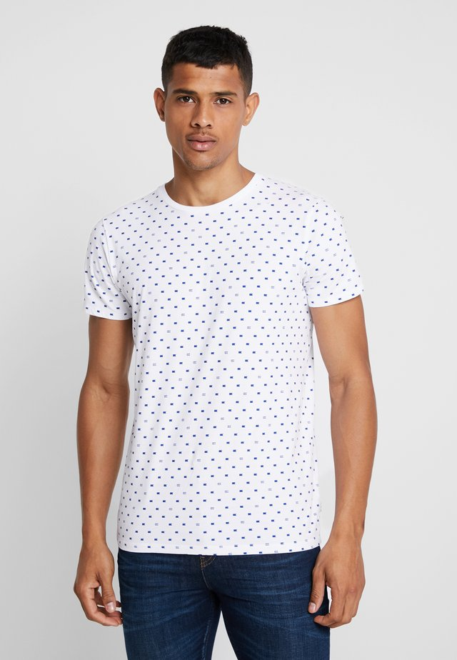FROM JUMPER AS TEE - T-shirts med print - white
