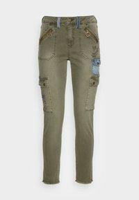 Desigual - PANT COBAIN - Cargo trousers - green - 3