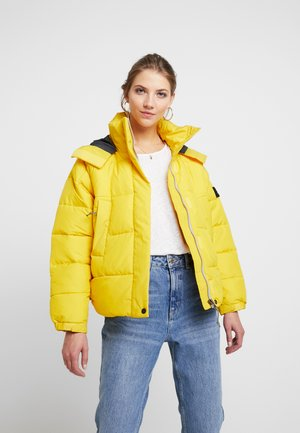 Winter jacket - lemon zest