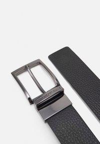 Emporio Armani - TONGUE BELT - Belt - black - 2