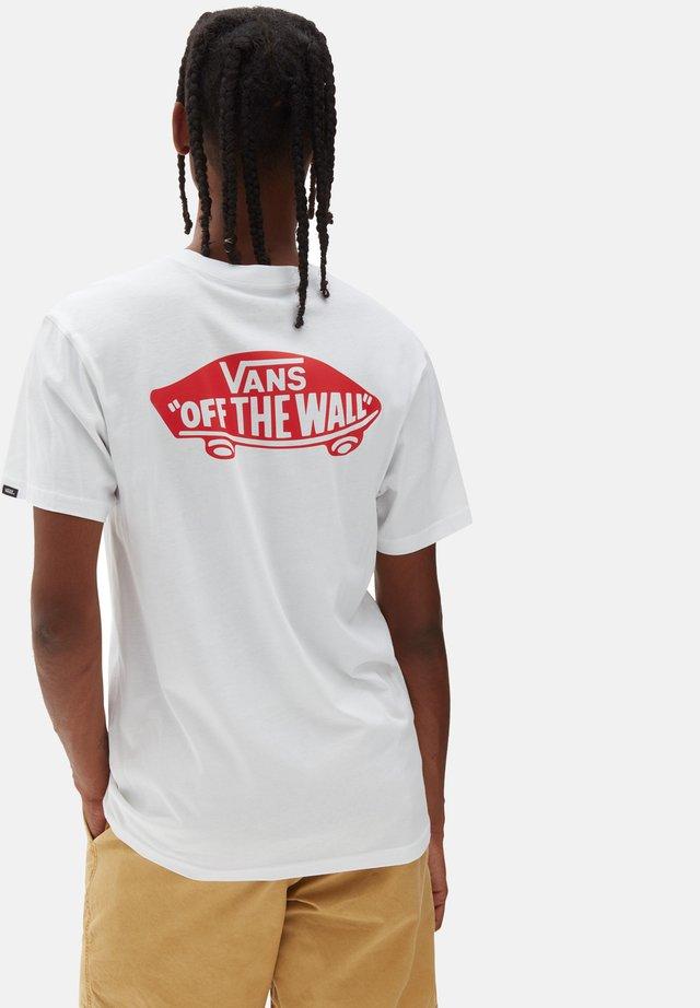 MN OTW CLASSIC - T-shirt imprimé - white/high risk red