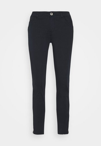 SUMNER DAZE PANT - Trousers - navy