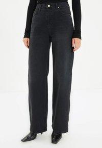 Trendyol - PARENT - Straight leg jeans - black - 0