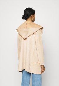 ONLY - ONLHANNAH HOODED JACKET - Short coat - light brown - 2