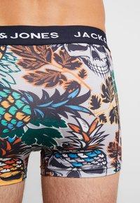 Jack & Jones - JACSKULLPINE TRUNKS 3 PACK - Shorty - navy blazer/black/mirage gray - 2