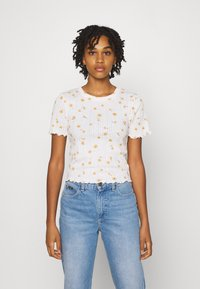 Cotton On - LITTLE SISTER POINTELLE TEE - Print T-shirt - adele daisy luna white - 0