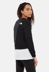 The North Face - W LIGHT CROPPED - Sweatshirts - black
