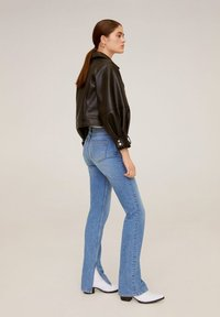 Mango - BONNY-I - Straight leg jeans - medium blue - 3