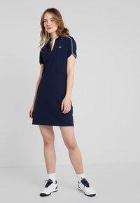 Lacoste Sport - GOLFDRESS - Jerseyklänning - navy blue - 1