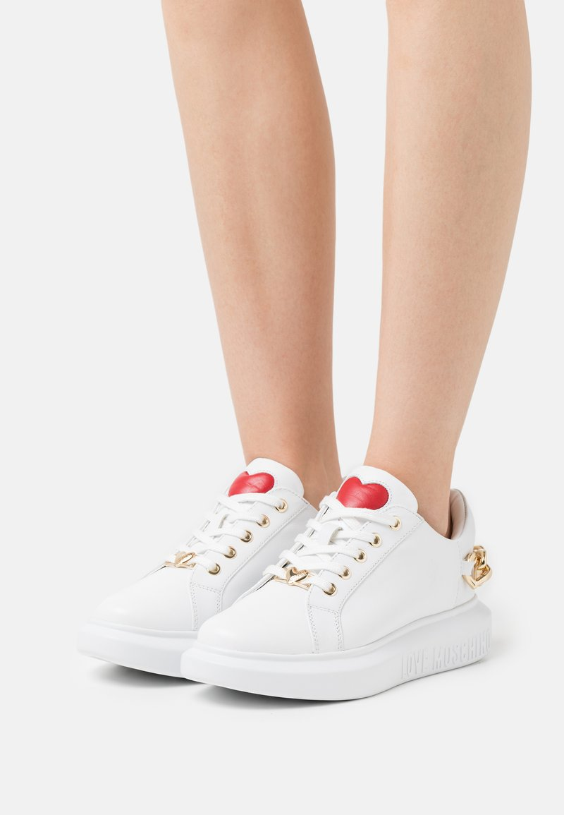Love Moschino - Trainers - bianco