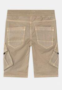 Vingino - CLIFF - Shorts - sand - 1