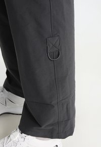 The North Face - EXPLORATION CONVERTIBLE PANT - Pantalons outdoor - asphalt grey - 6