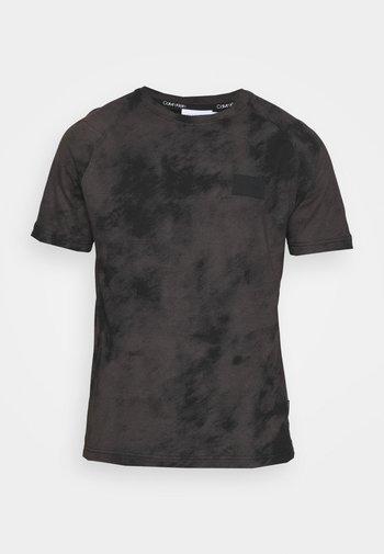 CLOUD - T-shirt con stampa - black