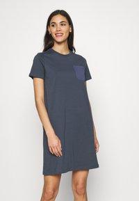 ONLY - ONLEMELIE DRESS - Chemise de nuit / Nuisette - ombre blue - 0