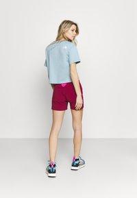 Dynafit - TRANSALPER HYBRID SHORTS - Sports shorts - beet red - 2
