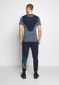 Nike Performance - DRY PANT - Pantalones deportivos - obsidian/black/soar - 2
