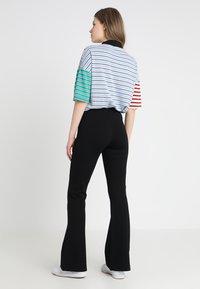 Vero Moda - VMKAMMA - Trousers - black - 2