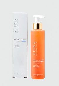 Atina Cosmetics - MOIST LIQUID CLEANSER - Cleanser - - - 2