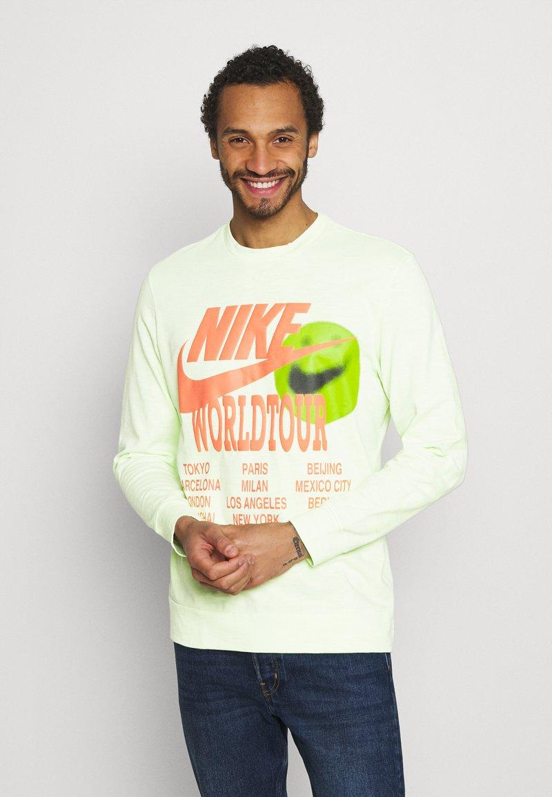 Nike Sportswear - Long sleeved top - liquid lime