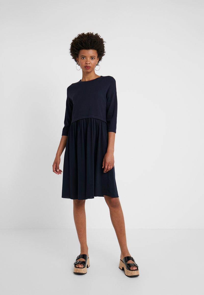 WEEKEND MaxMara - MINCIO - Strikket kjole - ultramarine