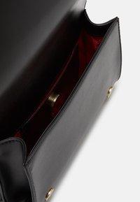 Love Moschino - Handbag - nero - 4