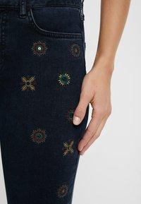 Desigual - JULIETA - Jeans slim fit - denim blue black - 3