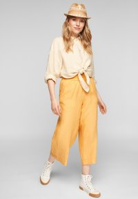 s.Oliver - Trousers - sunset yellow melange - 1
