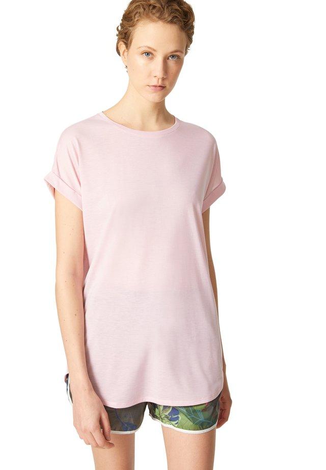 EVIE - Jednoduché triko - rosa