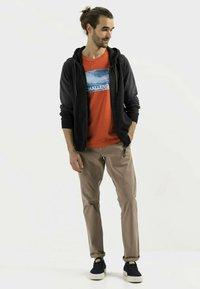 camel active - Zip-up sweatshirt - asphalt - 1
