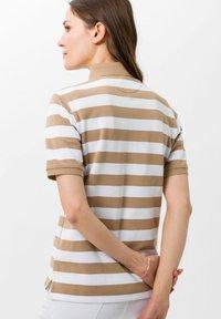 BRAX - STYLE CLEO - Polo shirt - sand - 2