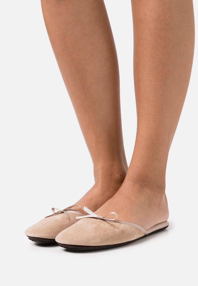 Homers - SATI - Chaussons - taupe