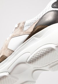 Kennel + Schmenger - Trainers - bianco/taupe/gold - 2